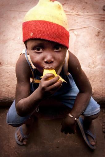 enfant à la mangue02