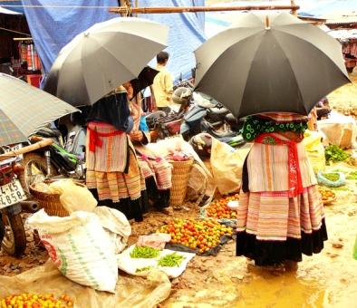 Pluie et marchés, Bac Ha, Vietnam